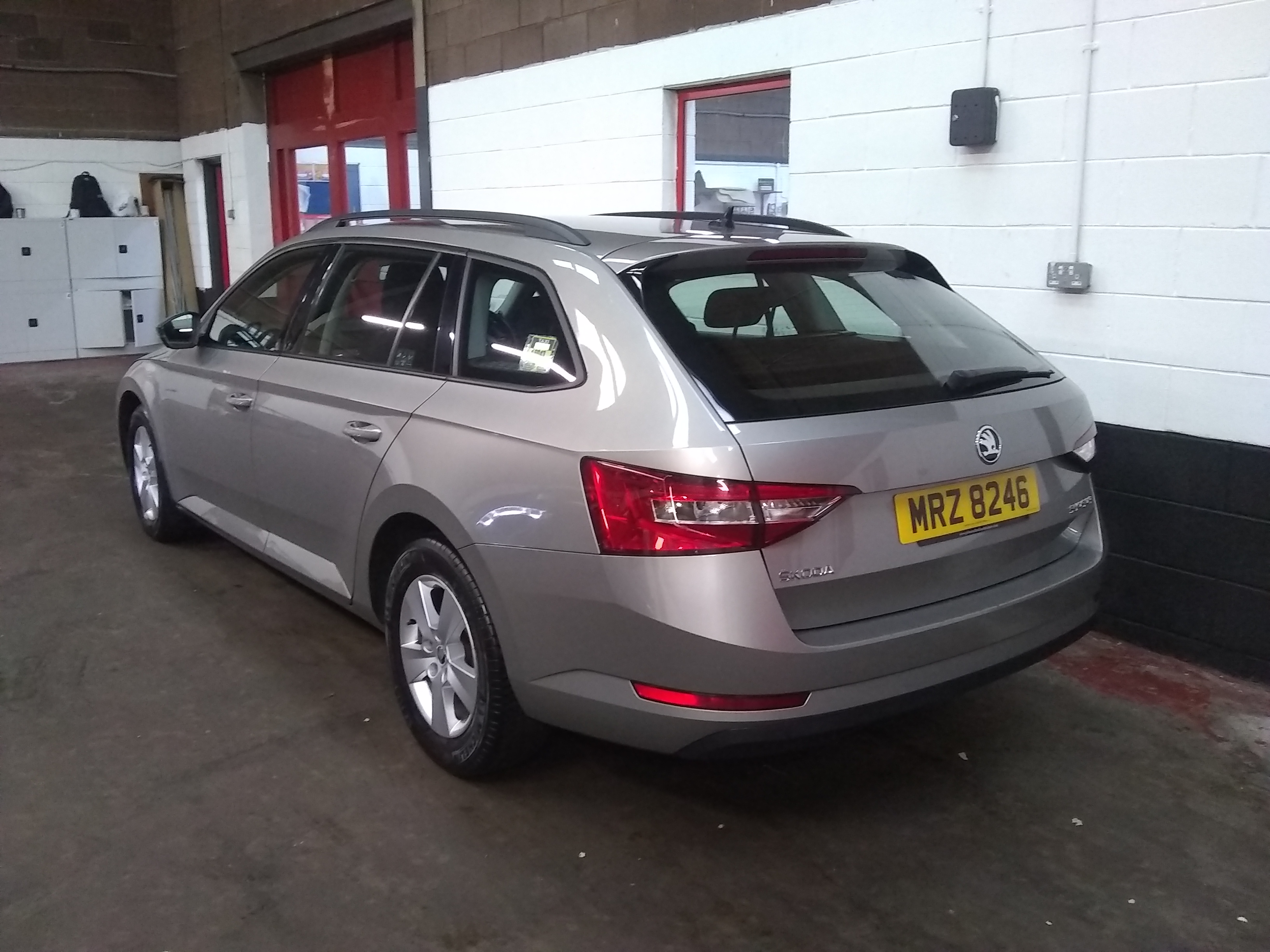 2017 SKODA SUPERB ESTATE 1.6 TDI S full